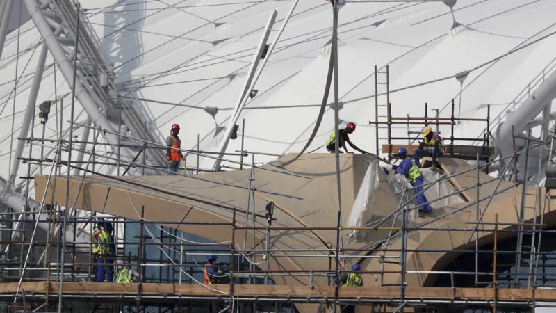 Qatar schrapt omstreden 'vertrektoestemming' voor arbeidsmigranten