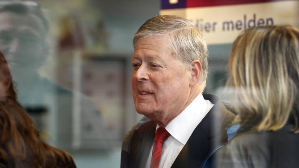 Oud-rechter Westenberg moet 1,4 miljoen euro betalen aan advocaat om smaad - NOS