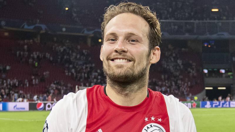 Ajax-speler Blind Hervat Groepstraining Na
