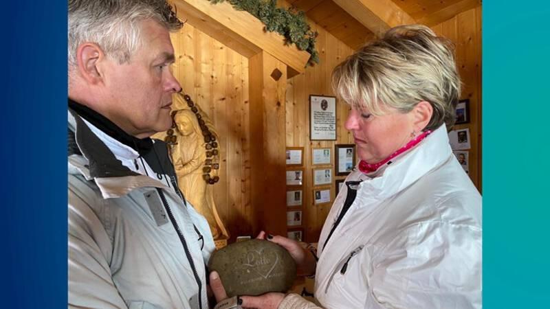 Gedenkteken op Oostenrijkse berg gelegd voor model Lotte van der Zee