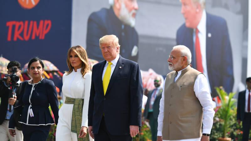 Trump in India: mooie plaatjes, handelscontracten en een gemetselde muur