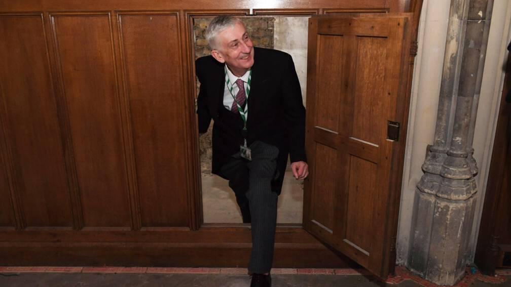 Bekijk details van Geheime doorgang ontdekt in Brits parlement