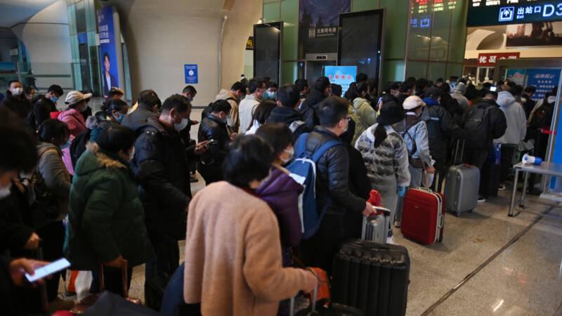 Isolatie van Wuhan gedeeltelijk opgeheven, opstootje aan provinciegrens