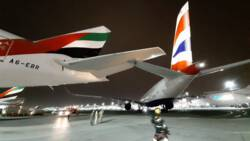 Schade bij botsing tussen vliegtuigen op vliegveld Dubai.