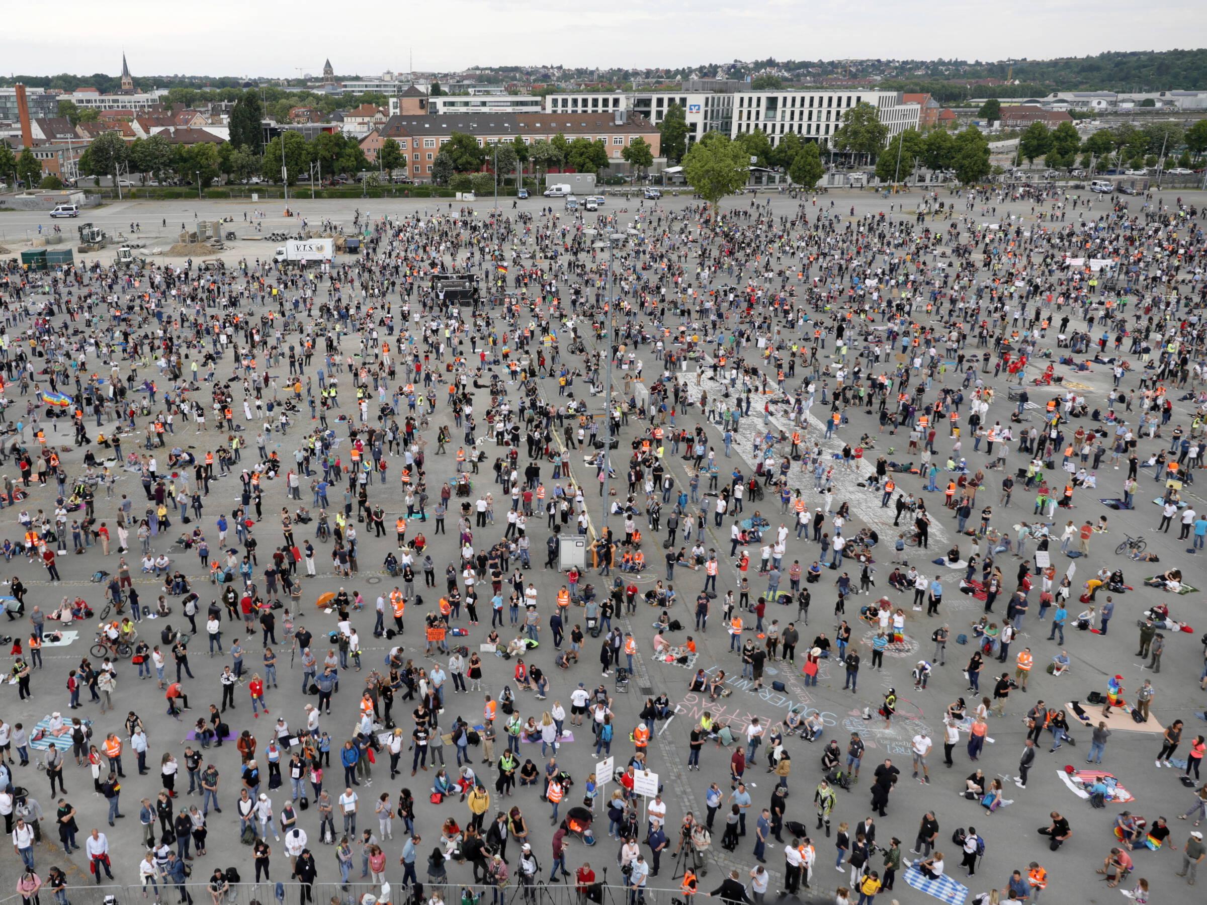 Opnieuw protesten tegen coronamaatregelen in Duitse steden