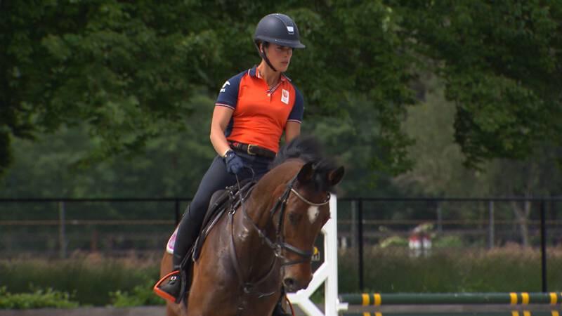 Nederlands eventingkampioen Blom: 'Kan nu nóg beter zijn in Tokio'