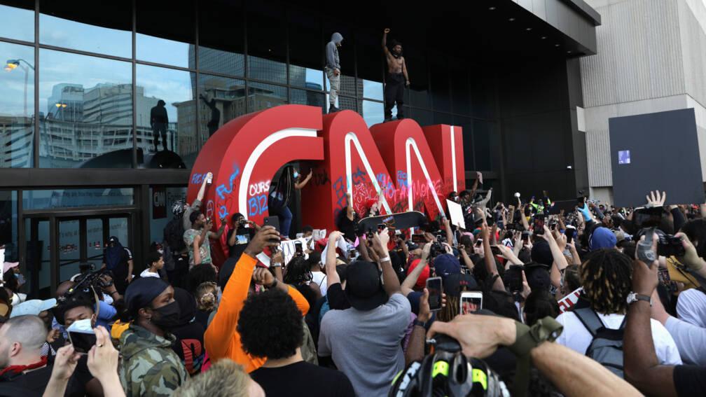 Bekijk details van Opnieuw onrustig in VS, hoofdkantoor CNN belaagd