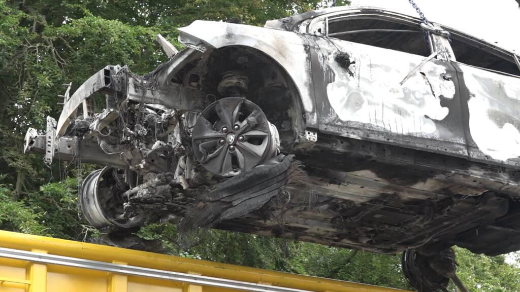 Branden elektrische auto's in parkeergarage 'helse klus' voor brandweer