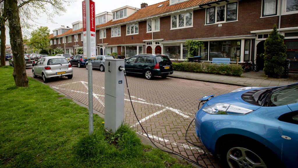 Subsidiepot Nieuwe Elektrische Auto S Voor Particulieren Na Week Leeg Nos