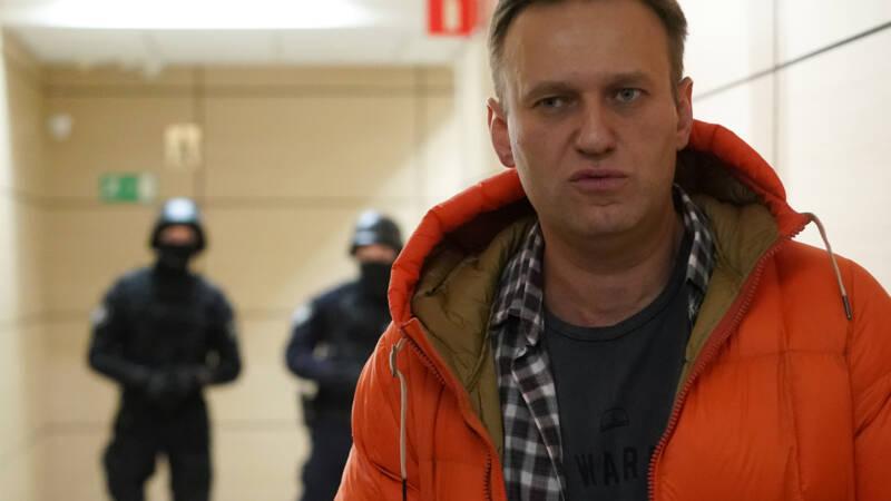 'Russische oppositieleider Navalny op intensive care na ...