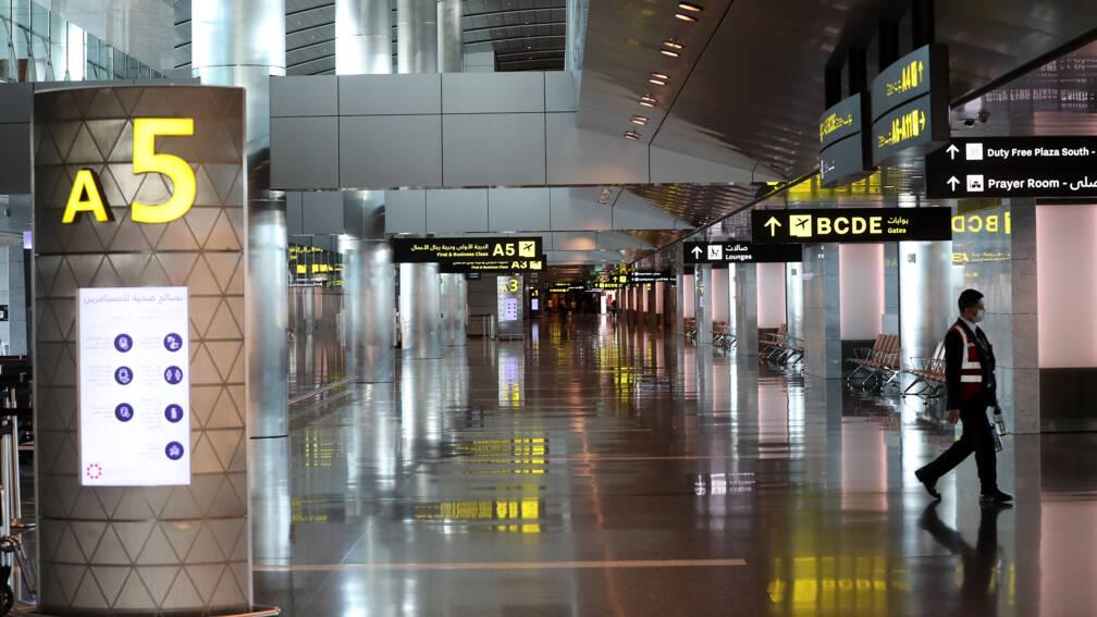 'Vrouwelijke passagiers inwendig onderzocht op luchthaven Qatar'