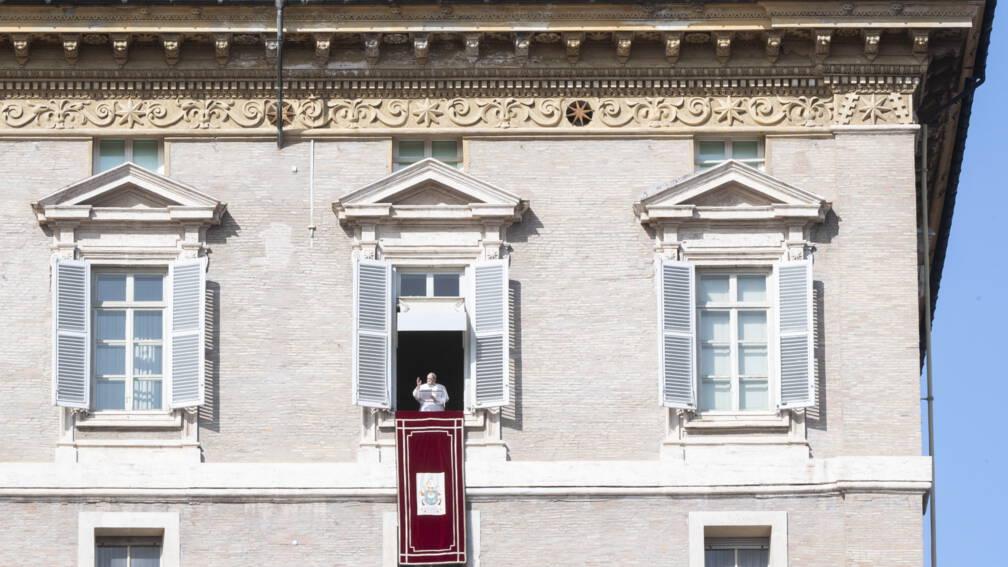 Bekijk details van Misbruik in de achtertuin: 'Paus wil schoon schip maken'