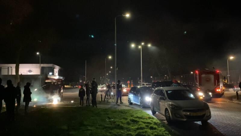 Jongeren veroorzaken onrust op Urk, politie treedt op.