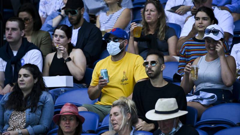 Australian Open verder zonder publiek • Vaccinatie Waddeneilanden start dinsdag - NOS