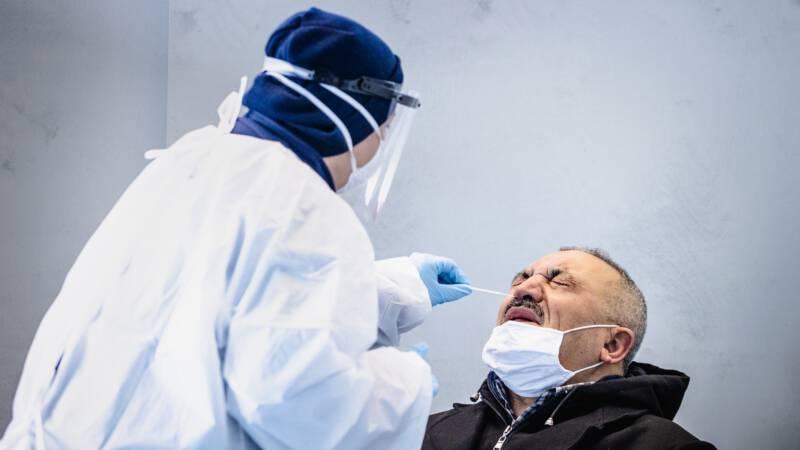 RIVM: 3497 nieuwe besmettingen, meer dan gemiddeld - NOS
