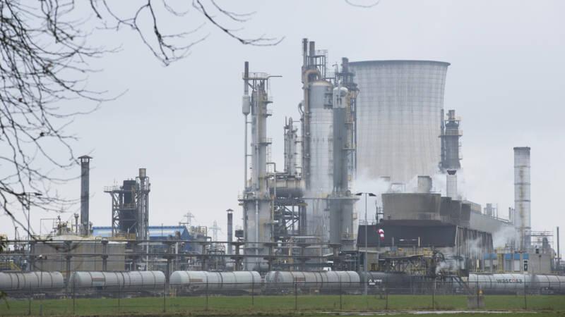 Industriedoel Klimaatakkoord nu al in gevaar: 'Ons systeem is te traag' - NOS