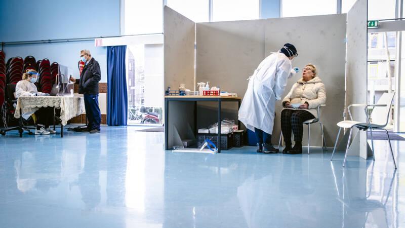RIVM: 4618 nieuwe besmettingen, meer dan gemiddeld - NOS