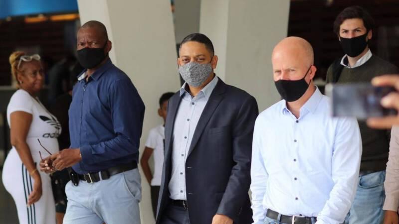 Den Haag geeft opnieuw aanwijzing aan Curaçao: 'Niet goed voor democratie op het eiland' - NOS