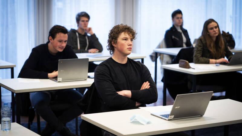 'Kamerbrief veelzeggend over afhankelijkheid van Google in onderwijs' - NOS
