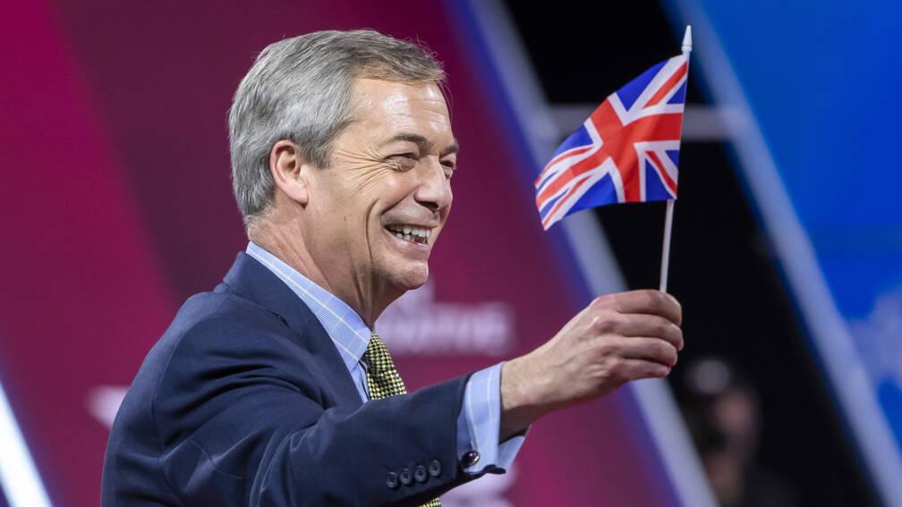 Bekijk details van Brexiteer Nigel Farage stopt als leider van Reform UK en verlaat de politiek