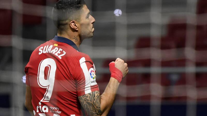 Beslissende Suárez zet Real en Barcelona weer op behoorlijke achterstand - NOS