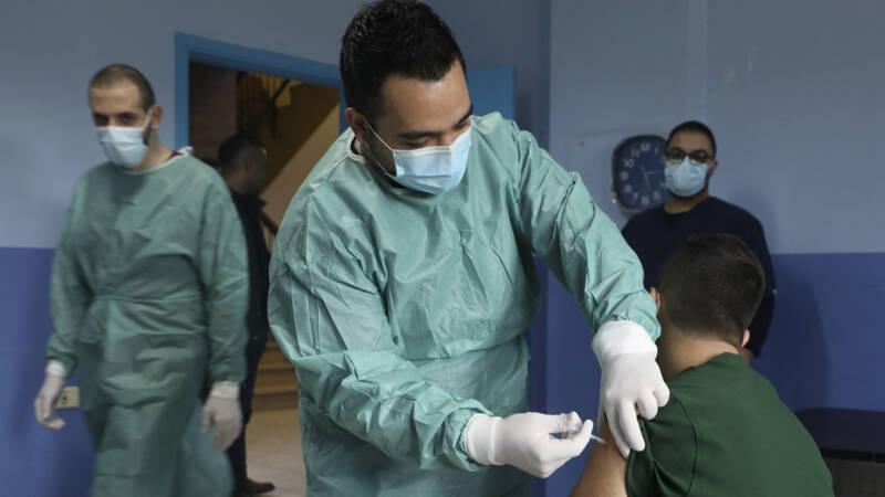 Palestijnse gebieden kampen met hevige uitbraak coronavirus - NOS