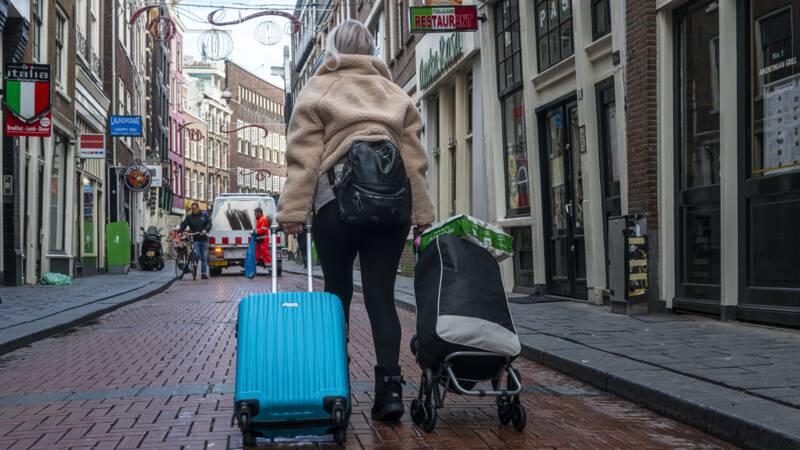 Rechter haalt streep door 'Airbnb-verbod' Amsterdamse centrumbuurten - NOS