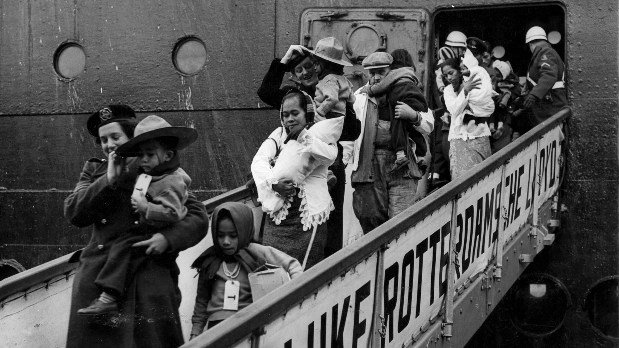 70 jaar Molukkers in Nederland: 'We moeten ons hele verhaal blijven  vertellen' | NOS