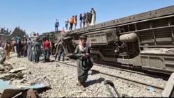 Zeker 32 doden bij treinbotsing in Egypte.