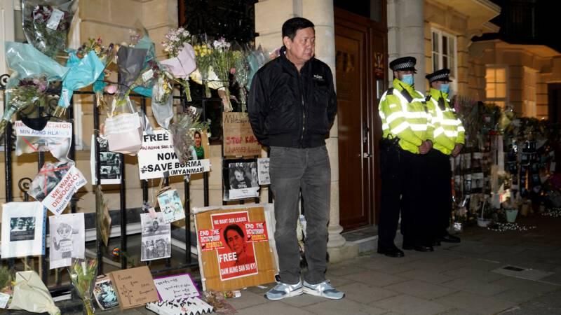 Ambassadeur Myanmar komt eigen ambassade niet in: 'Coup in hartje Londen'