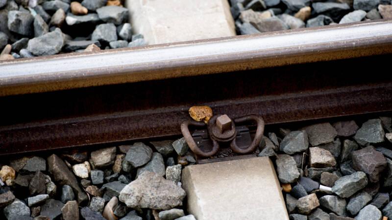 Zembla: spoorwerkers worden al ruim 10 jaar blootgesteld aan gevaarlijk kwartsstof