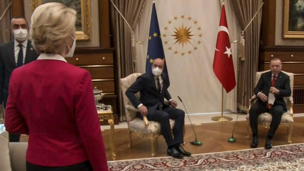 Juncker: EU-voorzitters moeten boven hun ruziënde ambtenaren staan