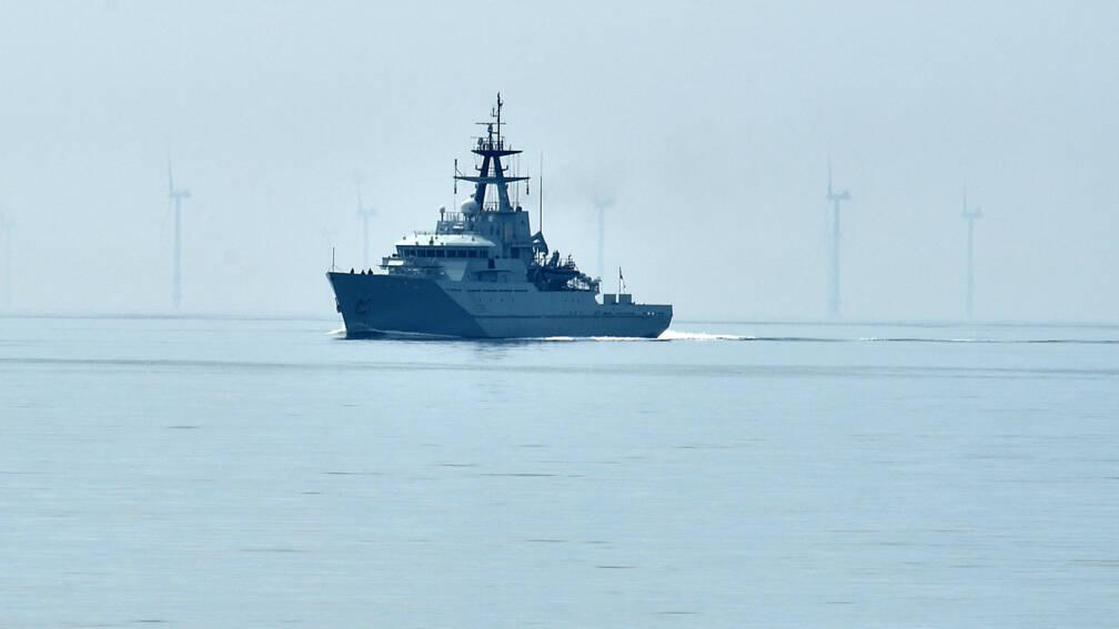 Bekijk details van Visserijconflict VK-Frankrijk loopt hoog op: marineschepen naar Jersey