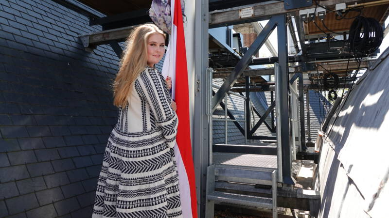 Prinses Amalia 'cum laude' geslaagd voor eindexamen gymnasium