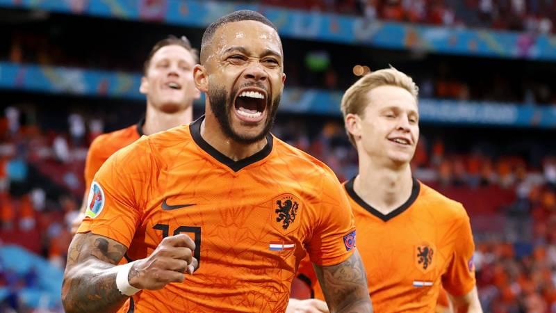 Oranje wint en is door naar de volgende ronde! | NOS Jeugdjournaal