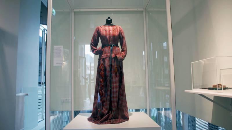 Droegen mensen in de prehistorie saaie kleren? Echt niet!