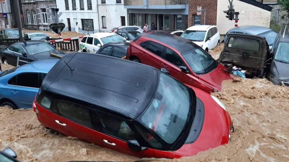 Bekijk details van Opnieuw zware regenval in België, ook wateroverlast in Nederland