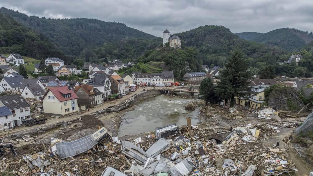 Te laat gewaarschuwd?Justitie Duitsland onderzoekt dood door nalatigheid bij overstromingen