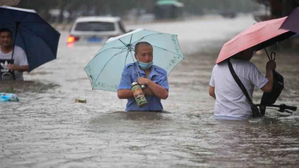 Dodental overstromingen China opgelopen tot 302, ruim 11 miljard euro schade