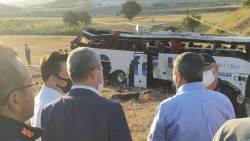Zeker veertien doden bij busongeluk in westen van Turkije.