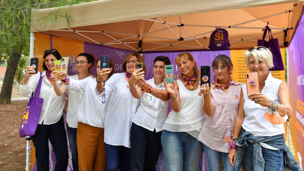 Bekijk details van Inwoners San Marino stemmen voor het recht op abortus