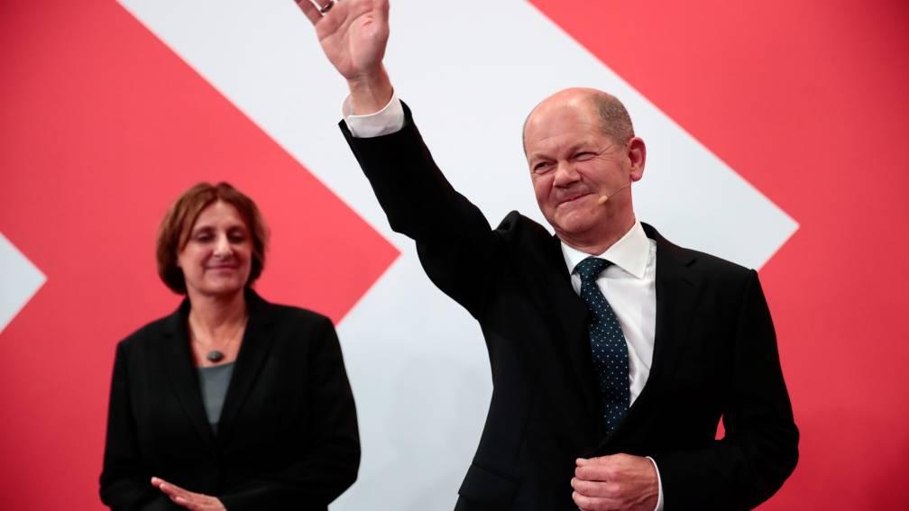 Bekijk details van SPD wint Duitse verkiezingen, historisch slechte score voor CDU/CSU