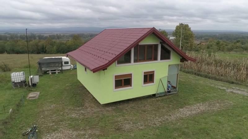 Man bouwt huis dat rondjes kan draaien